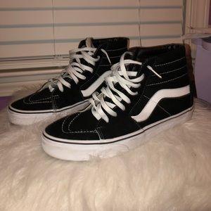 Vans All black Sk8 - Hi Top